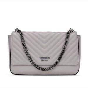 NWT Victoria's Secret Pebbled V-Quilt Shoulder Bag